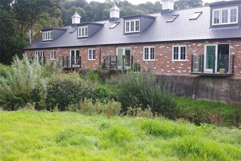 2 bedroom terraced house - 4 James Walk, North Mills, Bridport, DT6