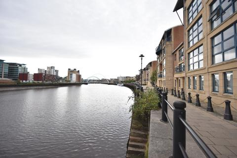 2 bedroom apartment to rent - Mariners Wharf, Quayside