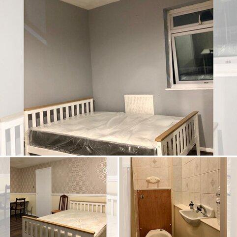 3 bedroom flat to rent - Ambrose Walk, London, E3