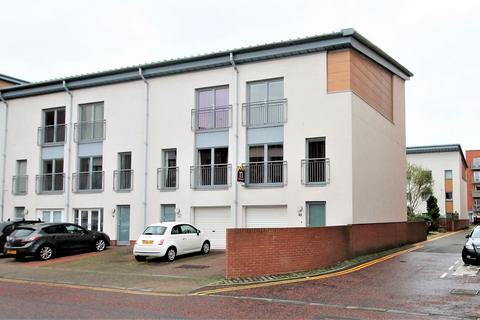 4 bedroom townhouse for sale - Thorter Way, Dundee, DD1 3DF