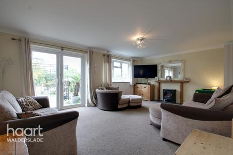 4 bedroom detached house for sale - Mafeking Road, Chatham