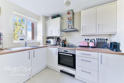 1 bedroom flat for sale - Harlinger Street, London, SE18