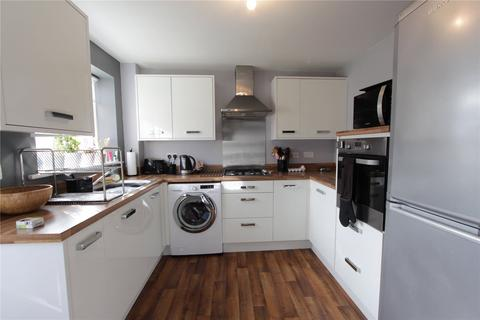 3 bedroom semi-detached house to rent - Diamond Road, Thornaby