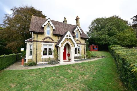 2 bedroom detached house for sale - St. Marys, Old Charlton Road, Dover, Kent