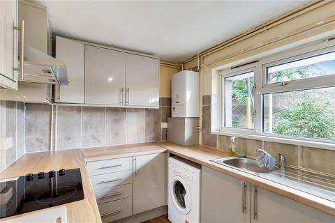 3 bedroom flat to rent - Oxford Road, London, E15