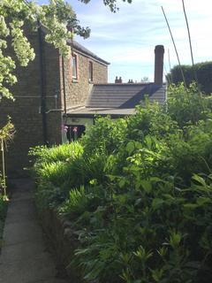 2 bedroom detached house for sale - Heol Las, Ynysmeudwy, Pontardawe, Swansea, City And County of Swansea. SA8 4PR