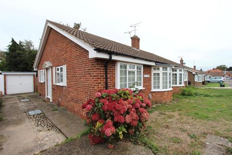 2 bedroom semi-detached house for sale - Patterson Close, Deal, CT14