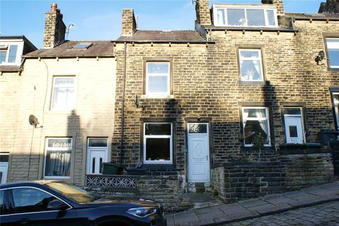 3 bedroom terraced house to rent - Cliffe Terrace, Keighley, BD21