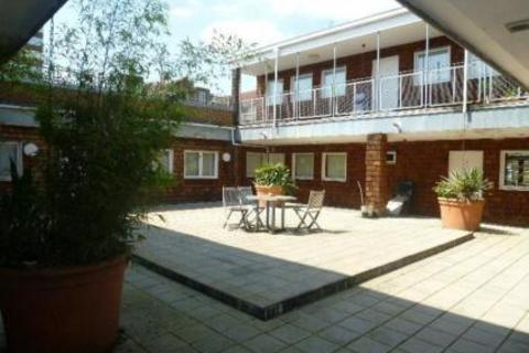 2 bedroom apartment to rent - Town Centre,  Maidenhead,  SL6