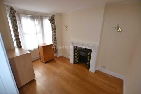 3 bedroom terraced house to rent - Amherst Road, Reading