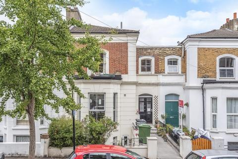 2 bedroom flat for sale - Camden Hill Road, Crystal Palace