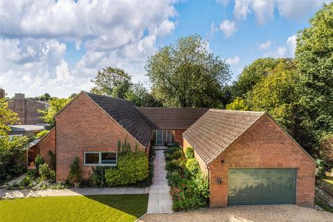 4 bedroom detached bungalow for sale - The Moor, Melbourn, Royston, Cambridgeshire