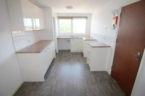3 bedroom maisonette to rent - Seaview Estates - Lumsden Road, Southsea