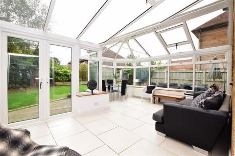 4 bedroom detached house for sale - Elstar Place, Kings Hill, West Malling, Kent