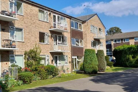 2 bedroom flat for sale - Boulters Gardens, MAIDENHEAD, SL6