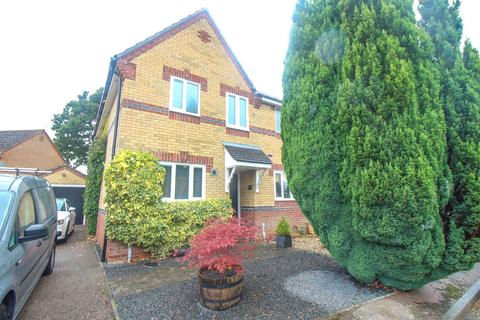 2 bedroom end of terrace house for sale - Hughes Court, Hethersett
