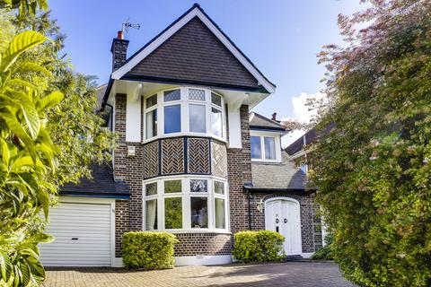 5 bedroom detached house for sale - Beech Drive, London N2