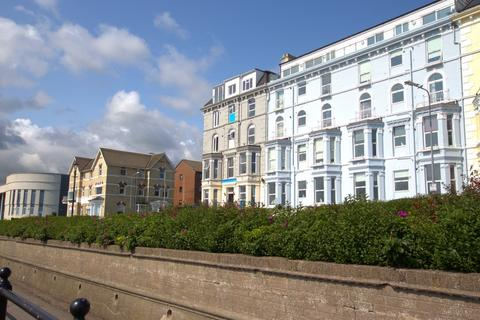 2 bedroom flat for sale - Royal Crescent Court, Bridlington