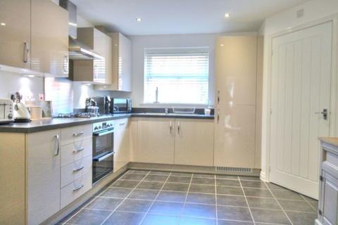 2 bedroom apartment to rent - Garfield Road, London