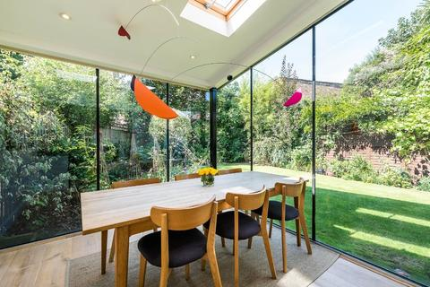 4 bedroom end of terrace house for sale - Derwent Grove, London