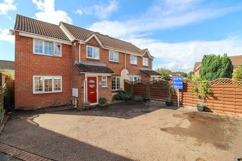 4 bedroom semi-detached house for sale - Primrose Way, Horsford, Norwich