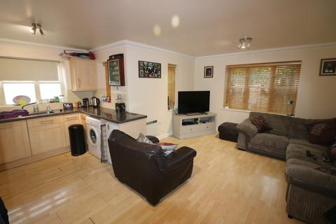 2 bedroom end of terrace house to rent - 5 Church Mews
