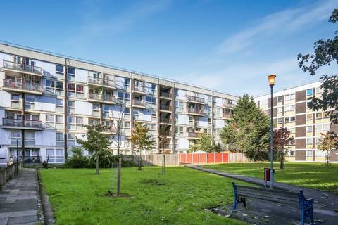 3 bedroom apartment to rent - St. Aubins Court, De Beauvoir Estate, London, N1