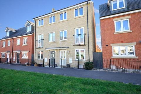 3 bedroom semi-detached house for sale - Mascroft Road, Castle Mead, Trowbridge, Wiltshire, BA14 6GN