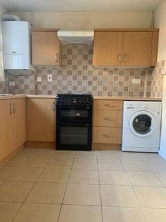 3 bedroom terraced house to rent - Chesterton Terrace-KINGSTON UPON THAMES