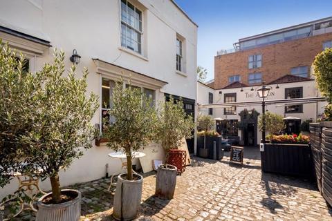 4 bedroom apartment for sale - Boyces Avenue,Clifton
