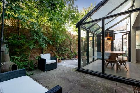 3 bedroom semi-detached house for sale - High Kingsdown, Kingsdown