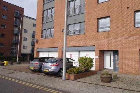 2 bedroom flat to rent - Gourlay Yard, City Quay,