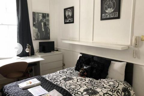 5 bedroom house share to rent - En-suite Double Room to Rent in Park Avenue N22