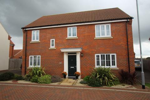 4 bedroom detached house for sale - Poppyfields, Gamlingay, Sandy, SG19