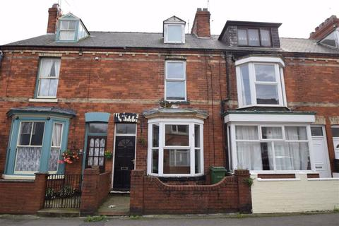 3 bedroom terraced house for sale - Palanza Terrace, Bridlington, East Yorkshire, YO15