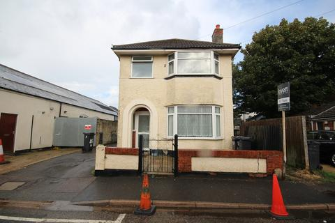 3 bedroom detached house for sale - South Road, Bournemouth, BH1