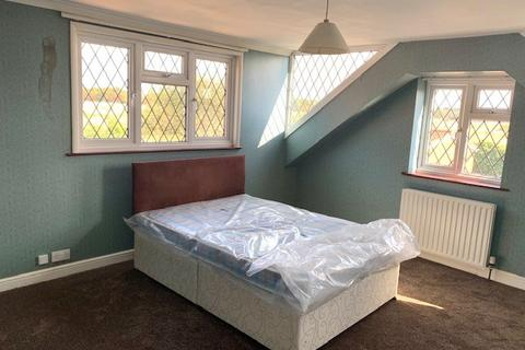 1 bedroom flat to rent - Hatton Road, Feltham, TW14