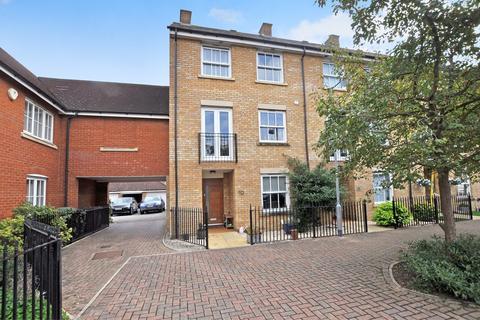 4 bedroom link detached house for sale - Fleetwood Square, Beaulieu Park, Chelmsford, CM1
