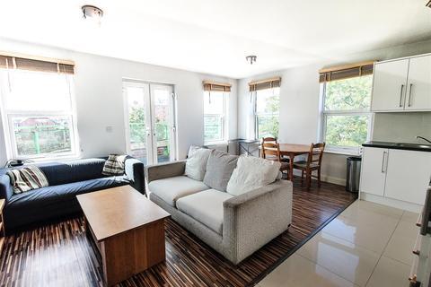 2 bedroom flat to rent - Horn Lane, Acton,  W3