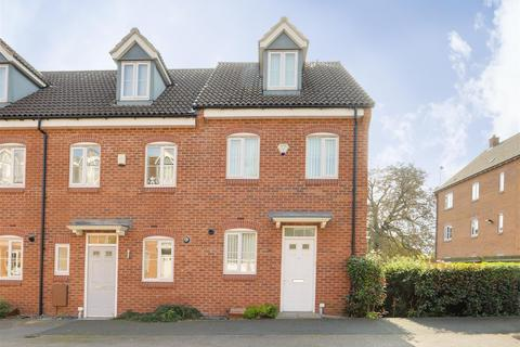 3 bedroom townhouse for sale - Orchid Croft, Hucknall, Nottinghamshire, NG15 7EP