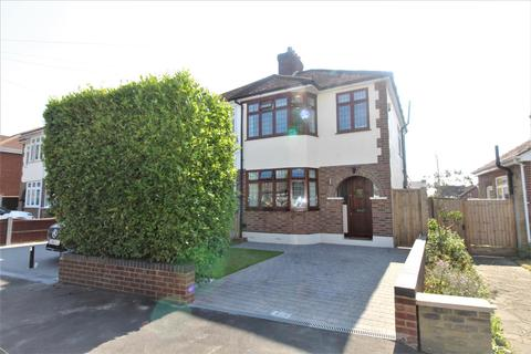 3 bedroom semi-detached house for sale - Dorian Road, Hornchurch