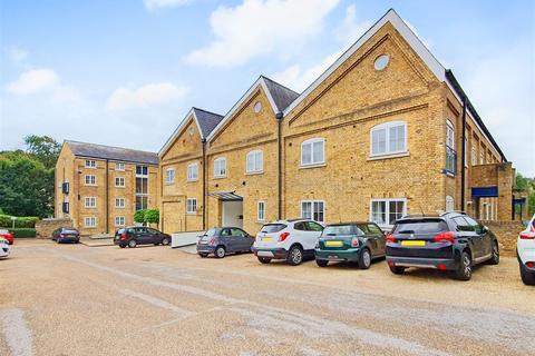 2 bedroom duplex for sale - Mill Race, River, Dover