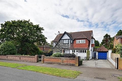 4 bedroom detached house for sale - Warwick Road, Bexhill-On-Sea