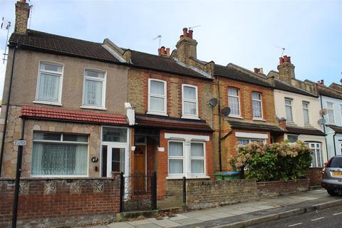 2 bedroom terraced house to rent - Swingate Lane, London
