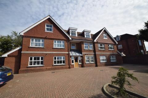 2 bedroom apartment for sale - 4 Ratton Road, Eastbourne