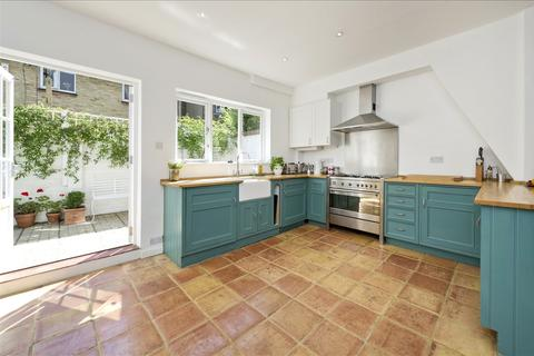 2 bedroom terraced house for sale - Abdale Road, Shepherd's Bush W12