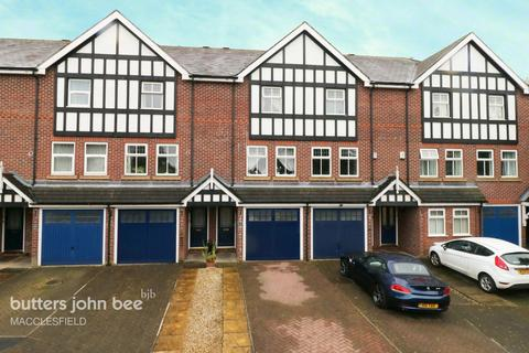 3 bedroom townhouse for sale - Queen Anne's Court, Macclesfield