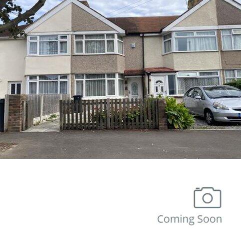 2 bedroom terraced house for sale - Feltham,  Middelsex,  TW13