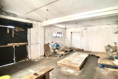 Shop to rent - The Broadway, Southall UB1