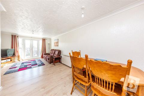 2 bedroom maisonette - Brentwood Road, Gidea Park, RM1